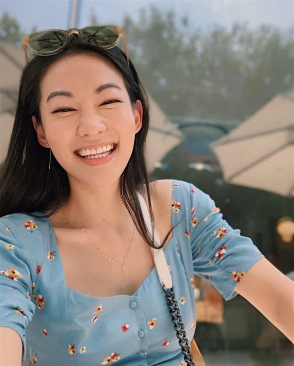 Nhan sac nguoi dep goc A lam giam khao Miss Universe 2020-Hinh-6
