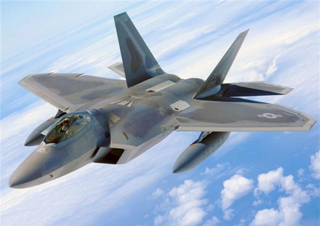 Top 5 máy bay chiến đấu 'đẹp mã' nhất thế giới - 1