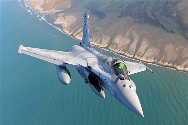 Top 5 máy bay chiến đấu 'đẹp mã' nhất thế giới - 3