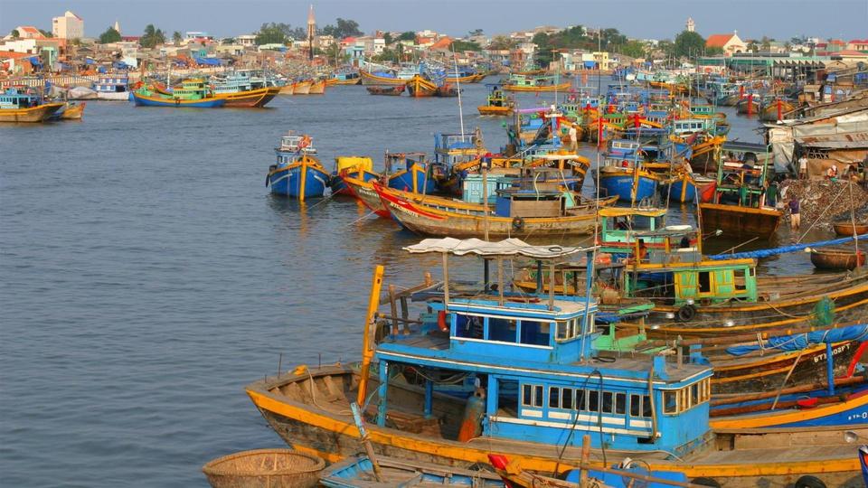 Theo sách Atlas Địa lý Việt Nam, với diện tích tự nhiên hơn 6.300 km2, Kiên Giang có diện tích tự nhiên lớn nhất trong số 13 tỉnh, thành ở miền Tây Nam Bộ (vùng Đồng bằng sông Cửu Long). Ảnh: Báo Dân Tộc.
