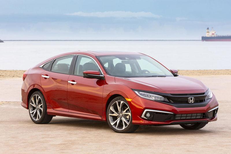 2. Honda Civic (doanh số: 133.000 chiếc).