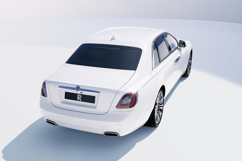 4. Rolls-Royce Ghost.