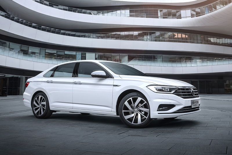 4. Volkswagen Sagitar (doanh số: 88.491 chiếc).