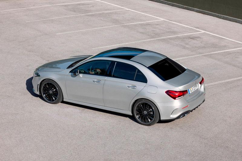 7. Mercedes-Benz A-Class (doanh số: 71.462 chiếc).
