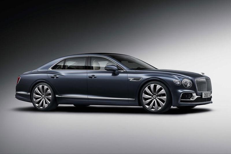 8. Bentley Flying Spur.