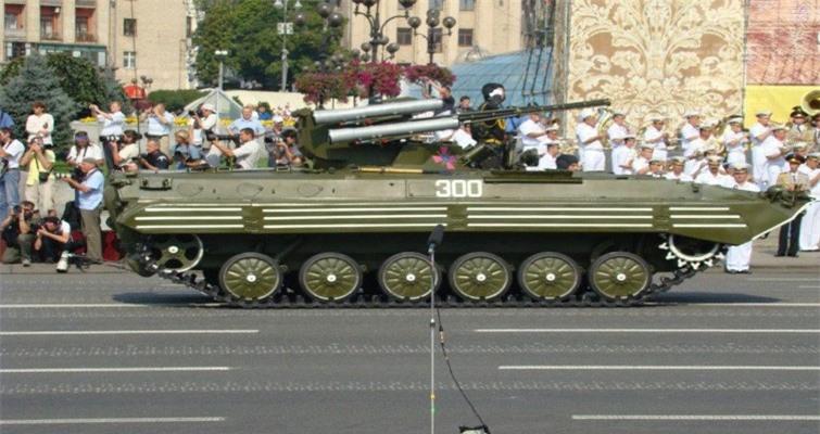 Bi an tung tich 1.800 thiet giap BMP-1 cua Ukraine-Hinh-10