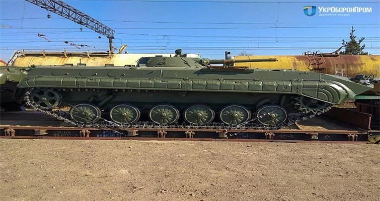 Bi an tung tich 1.800 thiet giap BMP-1 cua Ukraine-Hinh-11