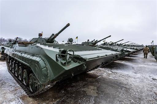 Bi an tung tich 1.800 thiet giap BMP-1 cua Ukraine-Hinh-2