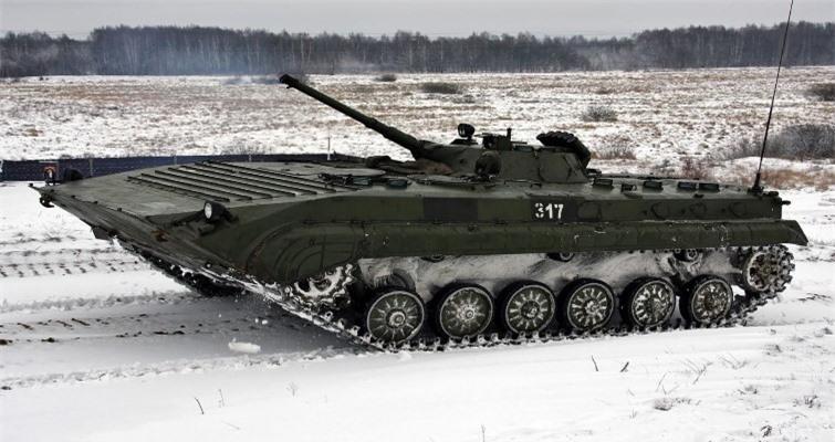 Bi an tung tich 1.800 thiet giap BMP-1 cua Ukraine-Hinh-3