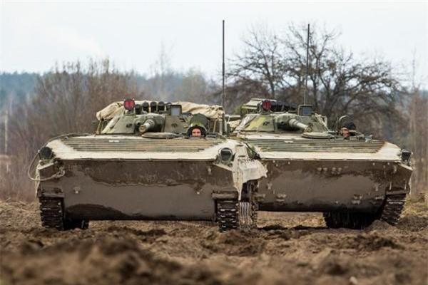 Bi an tung tich 1.800 thiet giap BMP-1 cua Ukraine-Hinh-4