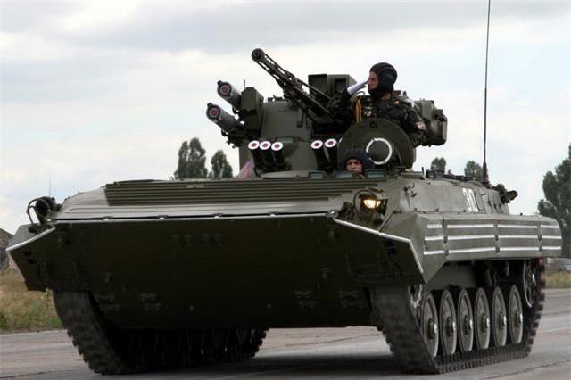 Bi an tung tich 1.800 thiet giap BMP-1 cua Ukraine-Hinh-5