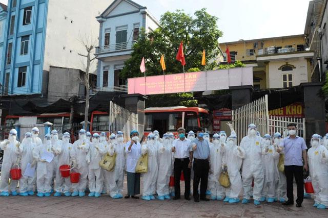 Gần 26.000 cán bộ y tế, sinh viên sẵn sàng đến điểm nóng Bắc Giang, Bắc Ninh chống dịch.