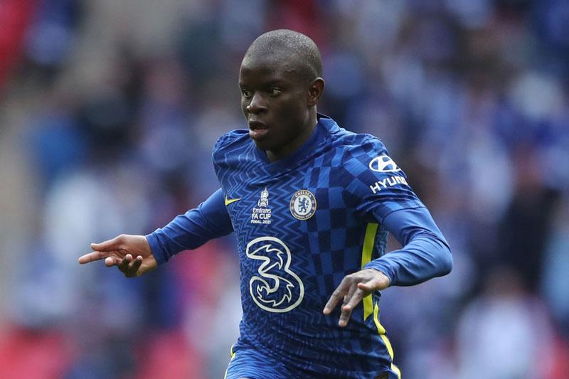 Tiền vệ trung tâm: N'Golo Kante (Chelsea).
