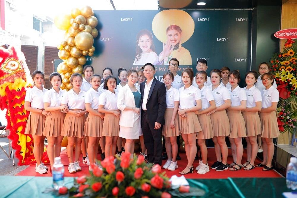 Lady 1 Việt Nam cam kết sẽ tài trợ tiêm chủng Covid-19 miễn phí cho toàn bộ nhân viên của Công ty và người thân của họ.