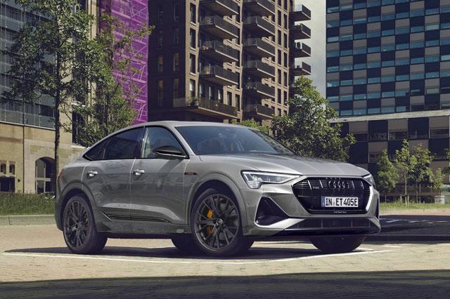 Audi e-tron S Line Black Edition.