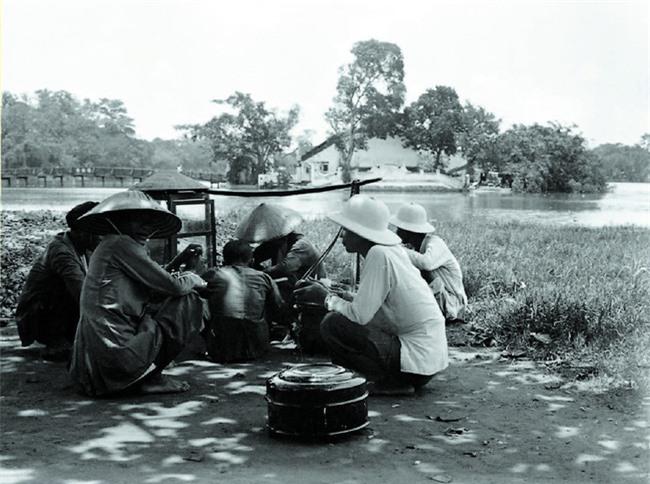 Gánh hàng rong và tiếng rao trên phố Hà Nội xưa - Ảnh 3.