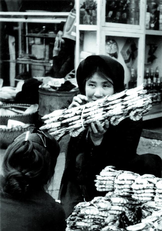 Gánh hàng rong và tiếng rao trên phố Hà Nội xưa - Ảnh 7.