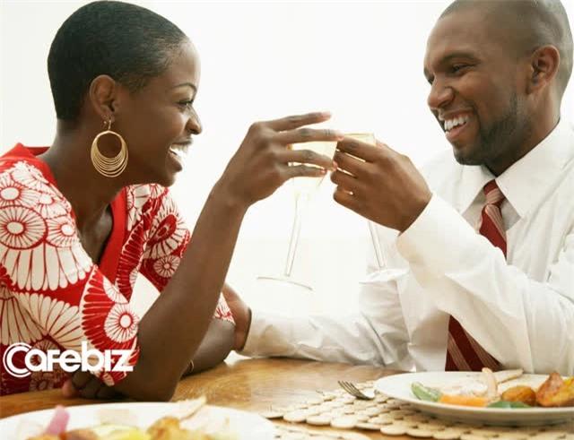Tỷ lệ 5:1 là công thức kỳ diệu cho một cuộc hôn nhân hạnh phúc - Ảnh 2.