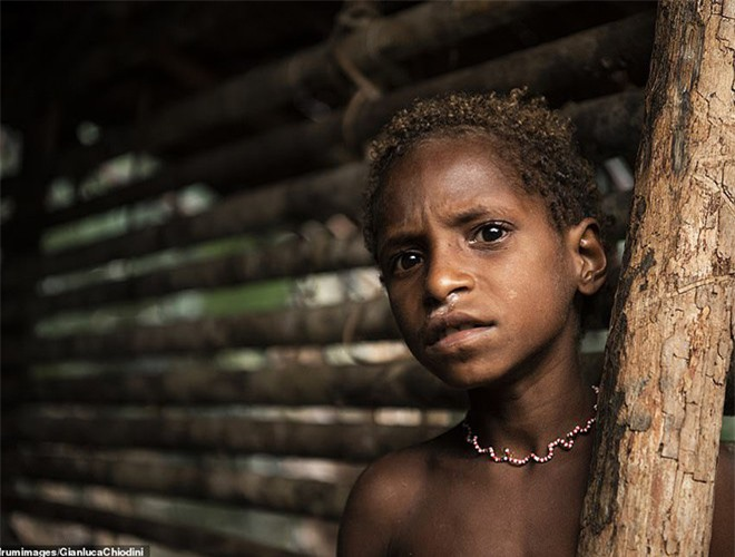 Hình ảnh hiếm hoi về người Korowai - bộ lạc mà thế giới suýt không biết đang tồn tại - Ảnh 14.