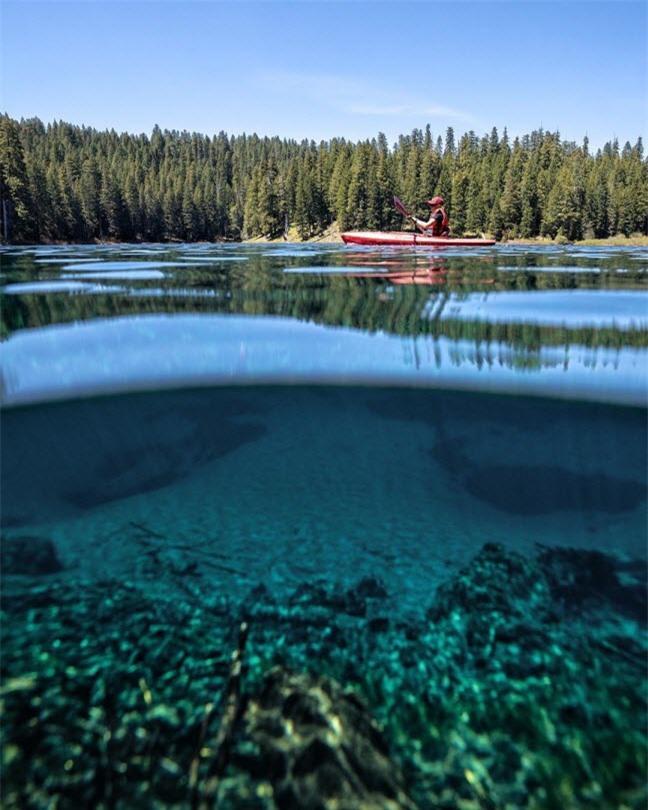 Khám phá hồ nước ẩn chứa cả khu rừng cổ xưa 3