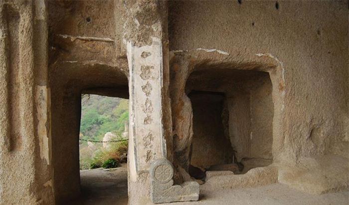 Kỳ lạ hang động bị bỏ hoang gần Vạn Lý Trường Thành và bộ tộc bí ẩn 3