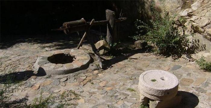 Kỳ lạ hang động bị bỏ hoang gần Vạn Lý Trường Thành và bộ tộc bí ẩn 5