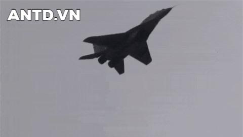 MiG-31 da dong lai thoi ky hoang kim cua hang che tao may bay noi tieng Mikoyan?