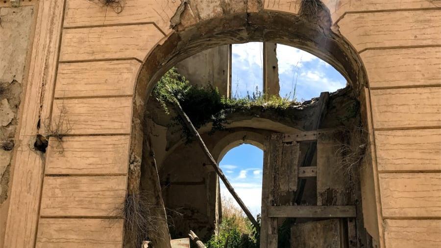Thị trấn ma bí ẩn nhất nước Ý 4