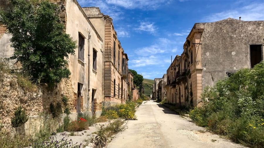 Thị trấn ma bí ẩn nhất nước Ý 5