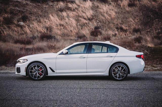 1. BMW 5-Series (doanh số: 87.224 chiếc).