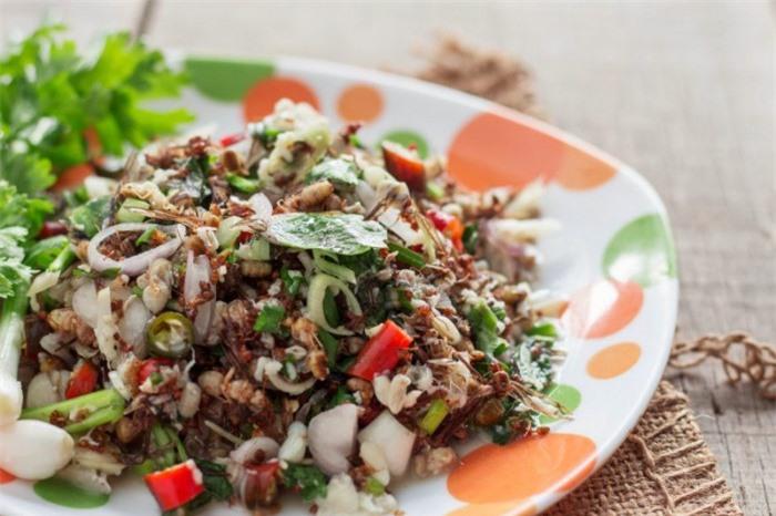 10 món ăn kỳ lạ nhất định phải thử khi du lịch đến Thái Lan 6