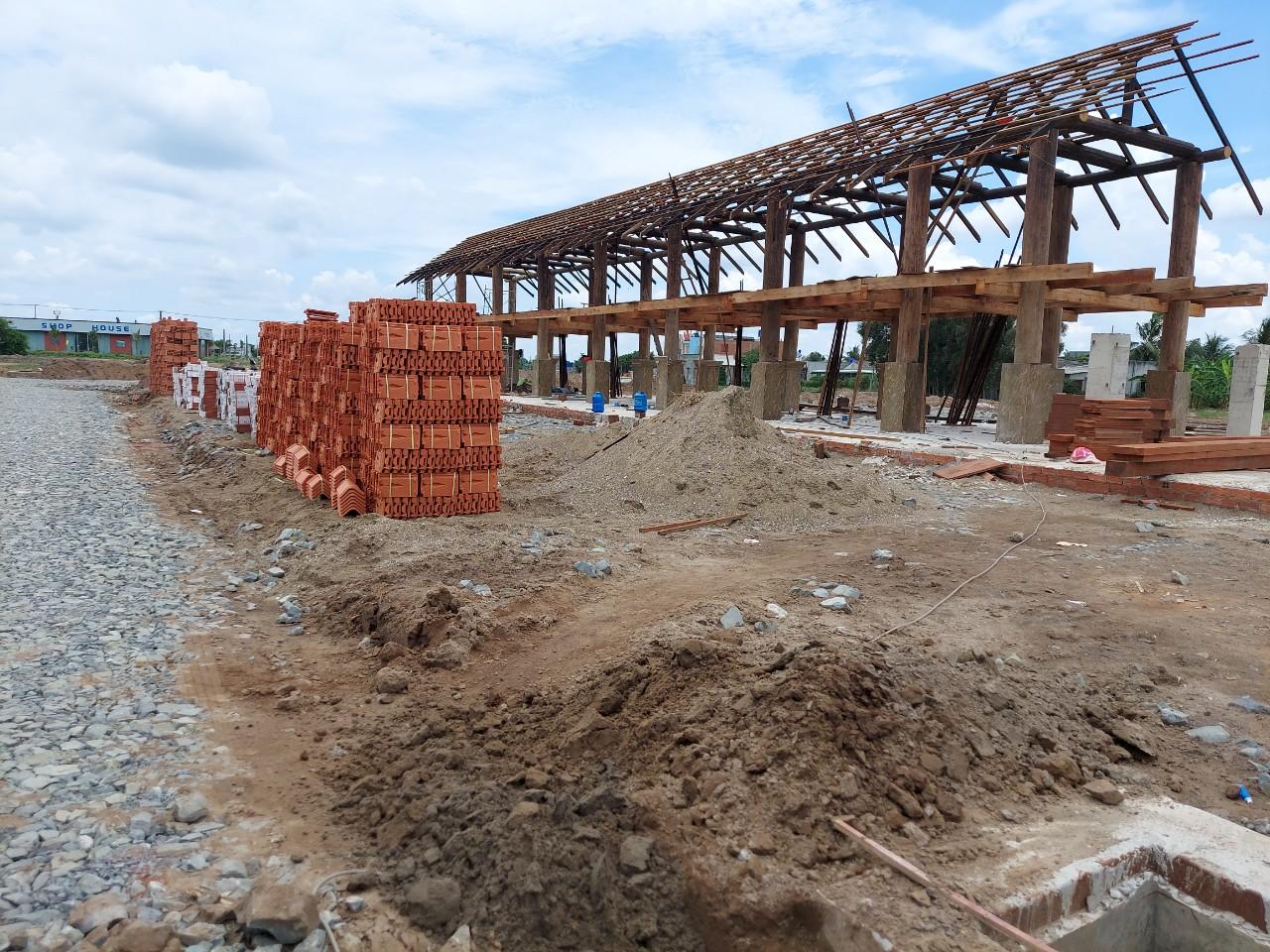 UBND xã Long Cang sẽ tiến hành giám sát việc xây dựng dự án theo quy định