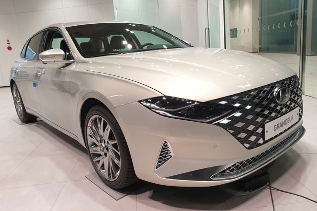 4. Hyundai Grandeur (doanh số: 25.861 chiếc).