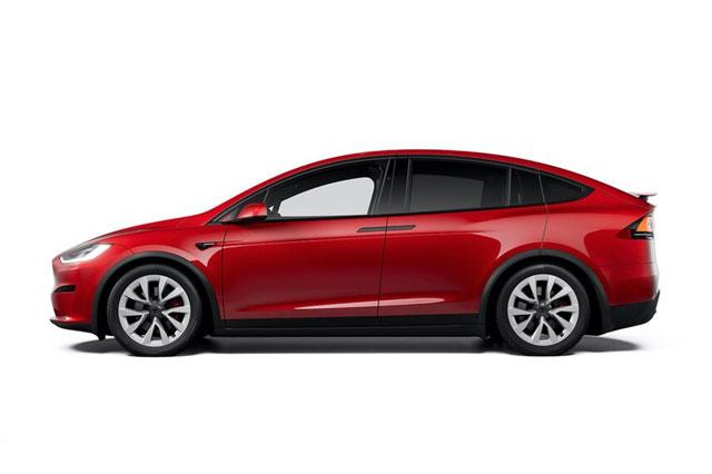 4. Tesla Model X Plaid (vận tốc tốc đa: 262 km/h).