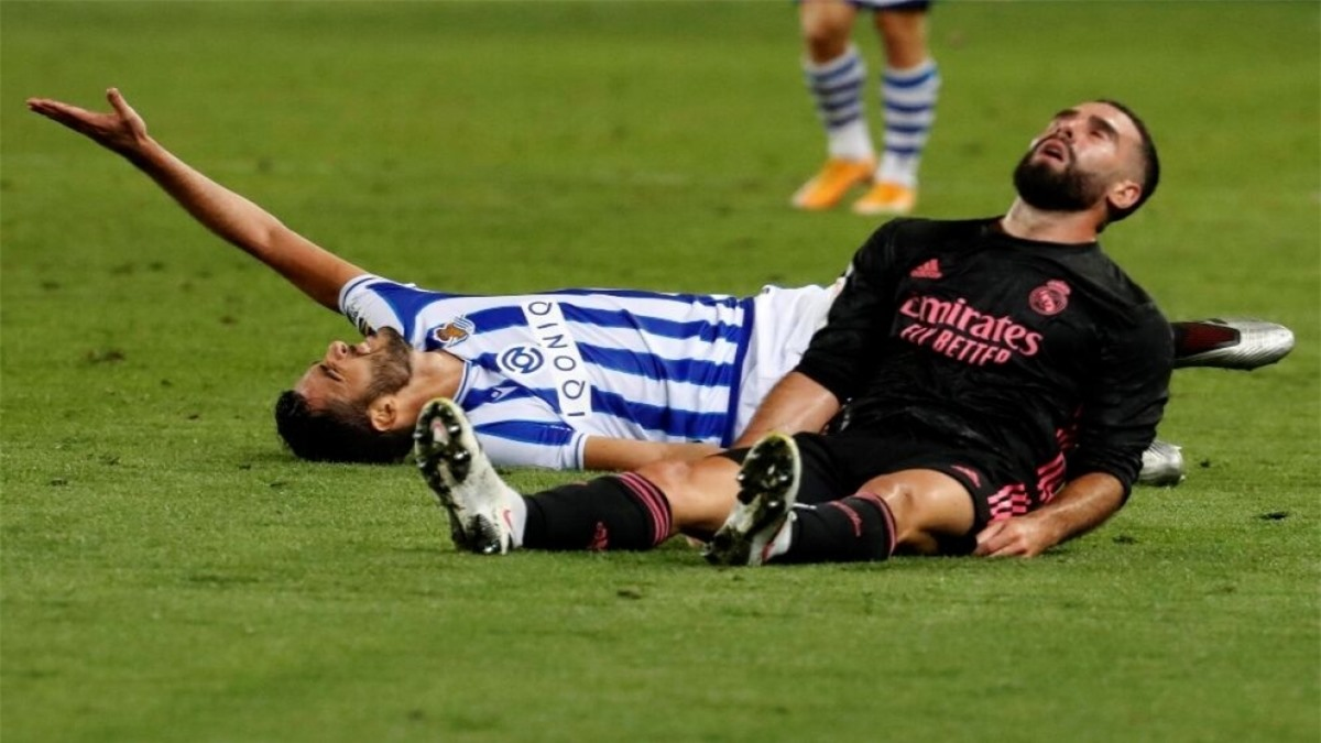 Dani Carvajal: Hậu vệ ĐT Tây Ban Nha dính chấn thương bắp chân.
