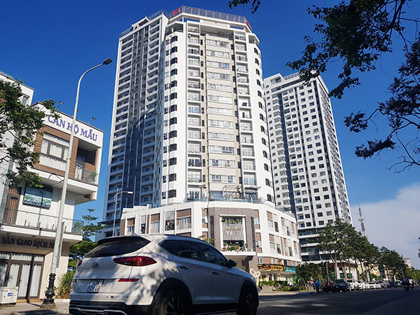 Dự án chung cư Monarchy do Công ty CP Đầu tư phát triển nhà Đà Nẵng làm chủ đầu tư trên địa bàn phường An Hải Tây, quận Sơn Trà, Đà Nẵng