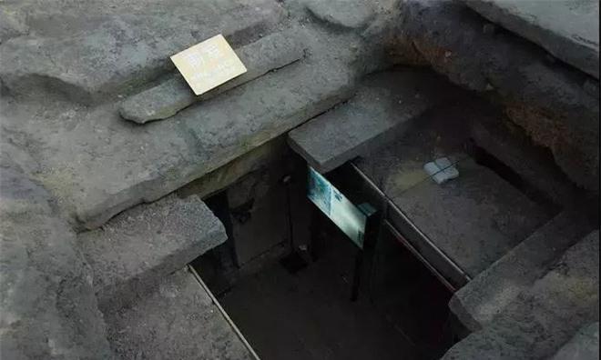 Tìm thấy lăng mộ con trai Trọng Thủy, cháu đích tôn Triệu Đà: Đội khảo cổ choáng ngợp khi bước xuống hầm sâu 12m! - Ảnh 1.