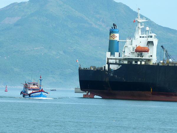 Cảng vụ hàng hải Đà Nẵng yêu cầu tăng cường bảo đảm an toàn cho hoạt động của tàu thuyền tại vùng nước Cảng biển Đà Nẵng