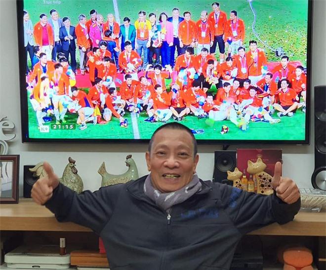 MC Lại Văn Sâm: Tôi tin vào chiến thắng 1-0 cho đội tuyển Việt Nam! - Ảnh 3.