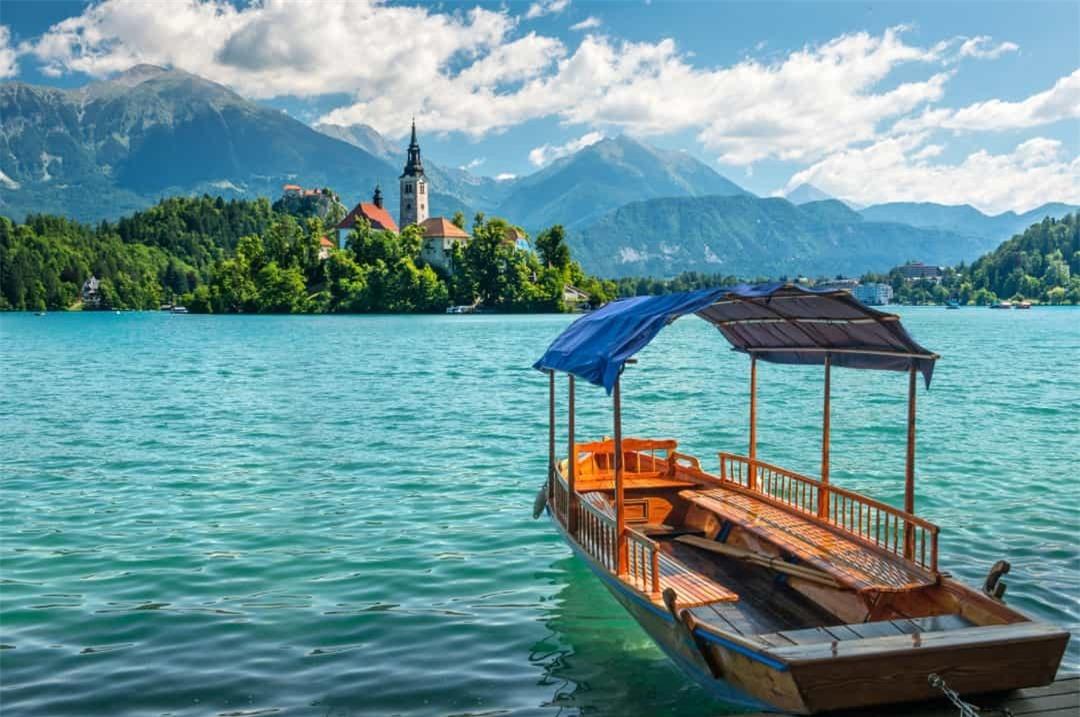 Những thị trấn đẹp như tranh vẽ ở châu Âu mà bạn sẽ không tin là có thực