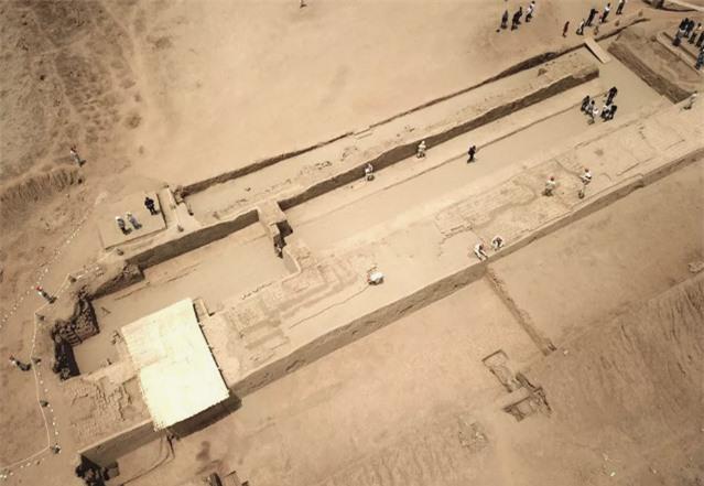 19 bức tượng bị chôn vùi và lãng quên hé lộ bí mật 750 năm trước 4