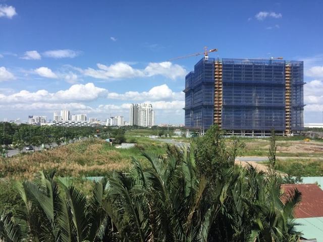 """Nhiều dự án bất động sản ở TP,HCMbị """"ách tắc"""" ở khâu thủ tục."""