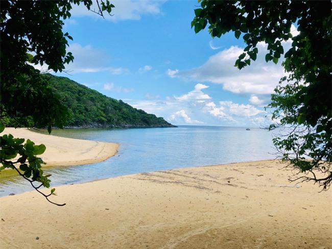 Bật mí về bãi biển Bí Mật, điểm checkin siêu chất, siêu ảo ở Côn Đảo không phải ai cũng biết 2