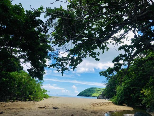 Bật mí về bãi biển Bí Mật, điểm checkin siêu chất, siêu ảo ở Côn Đảo không phải ai cũng biết 3
