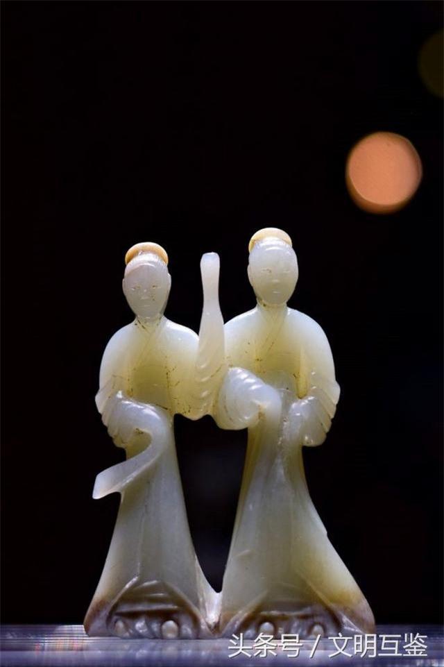 Cả gan bán bảo vật đào được trong lăng mộ hoàng đế, 3 người nông dân tưởng đổi đời - Ai ngờ! - Ảnh 4.
