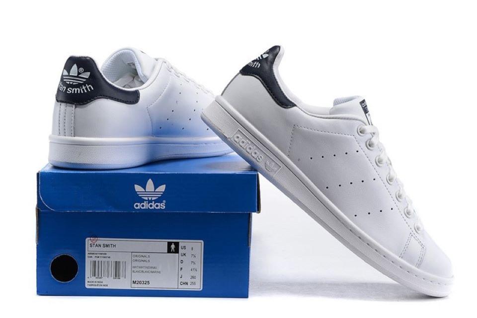 Cách phân biệt giày Adidas thật giả đơn giản
