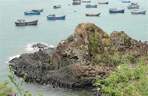 Phú Yên - Xứ sở biển xanh, mây trắng, cảnh sắc đẹp hơn cả trên phim ảnh - 5