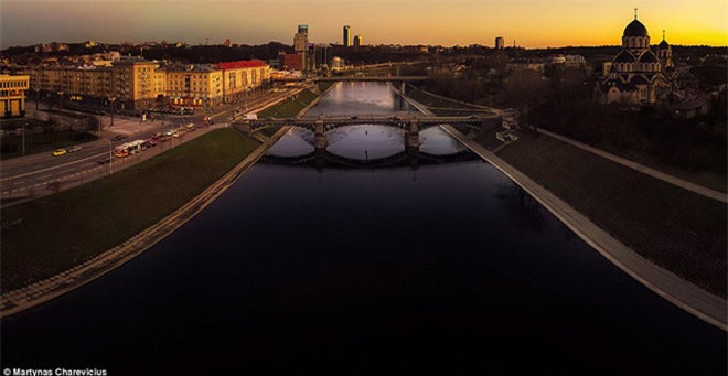 """Vẻ đẹp """"nghẹt thở"""" của Lithuania dưới ống kính máy bay không người lái - 8"""