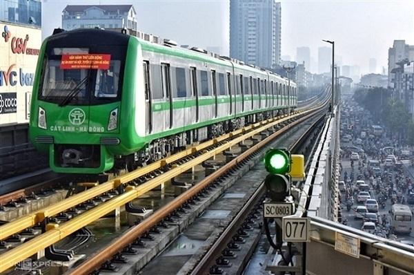 Hà Nội yêu cầu Sở GTVT chuẩn bị tiếp nhận bàn giao đường sắt Cát Linh-Hà Đông để khai thác thương mại.