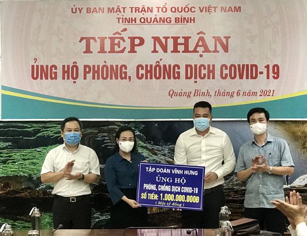 Tập đoàn Vĩnh Hưng ủng hộ quỹ phòng chống dịch covid-19 1 tỷ đồng